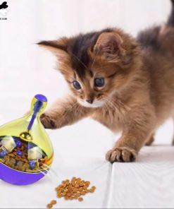 Jouet distributeur de croquettes pour chats
